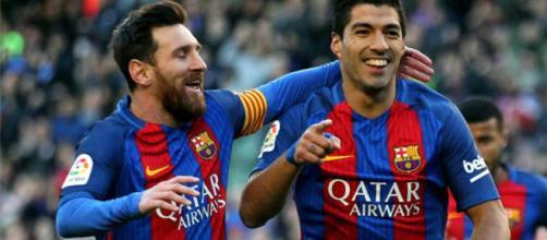 Messi e Suarez em atuação pelo Barcelona (Foto: foottheball.com)