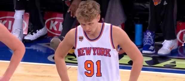 The Knicks and Mindaugas Kuzminskas are likely to split up this season -- FreeDawkins via YouTube