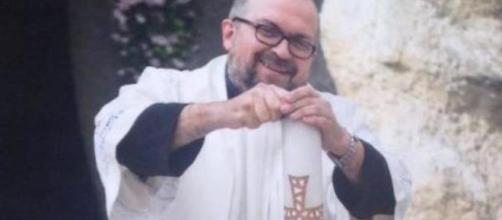 """Bologna, minore denuncia uno stupro. Sacerdote su Fb: """"Ti sballi e ... - lastampa.it"""