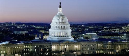 Capitol Washington D.C Government building (Photo via [pixabay.com])