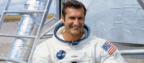 Captain Richard Gordon, USN [image courtesy NASA wikimedia commons]