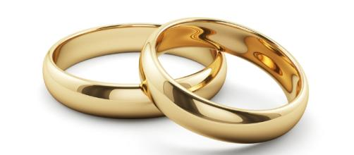 Gold Wedding Ring - 'MAFS' star says husband cheated