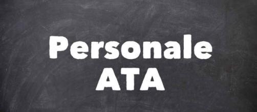 Personale ATA III fascia: rinviata l'apertura del modello D3
