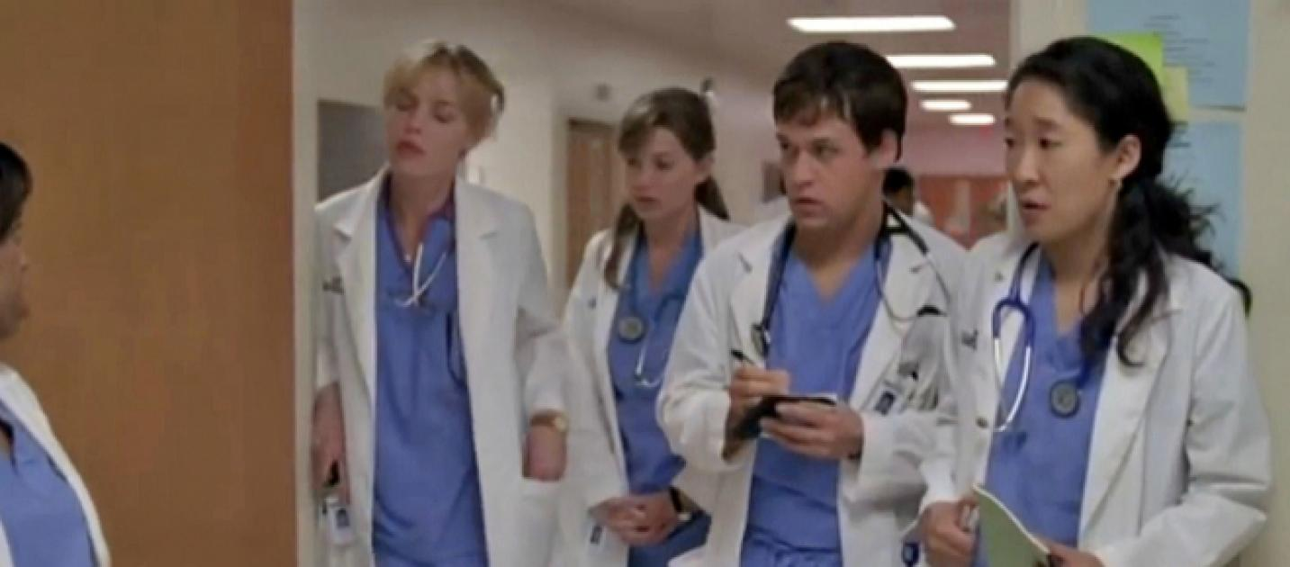 Video 300th Episode Of Greys Anatomy Saw Ghosts And Easter Eggs