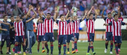 Anuncian premio para jugadores de Chivas si es campeón del ... - com.mx