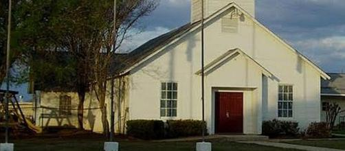 First Baptist Church in Sutherland Springs, Texas [Image: Inside Edition/YouTube screenshot]