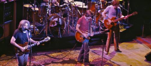 Grateful Dead at The Warfield Theatre [image credit: Chris Stone/Flickr]