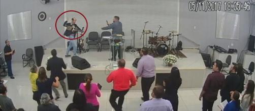Homem invadiu igreja para esfaquear pastor em SP