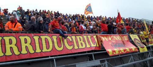 I tifosi del Lecce saranno presenti, come sempre, in trasferta a Siracusa.