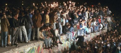 L'anniversario della caduta del Muro di Berlino - Foto 1 di 18 - virginradio.it