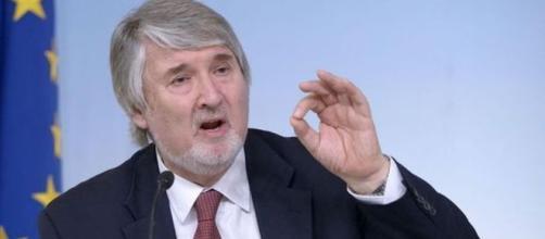 Vertice sulla fase 2 della riforma pensioni, governo e sindacati puntano a un accordo, Poletti al lavoro