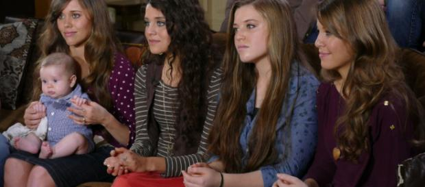 """Jinger Duggar, 23 wears leggings and tight jeans. Source YouTube TLC """"Counting On"""""""