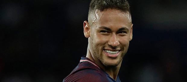 O atacante brasileiro joga pelo PSG