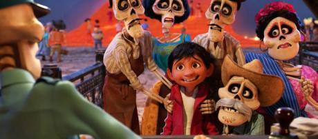 @newnownext.com Coco : Disney s'accorde à l'heure mexicaine.