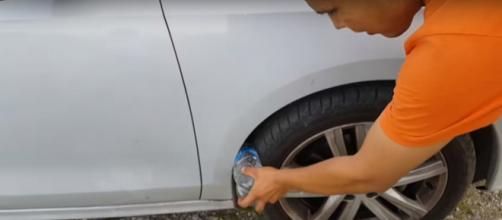 Surgiu no México uma nova tática de roubo a carros.