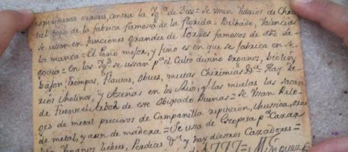 Un messaggio del 1777 nascosto dentro una statua in Spagna