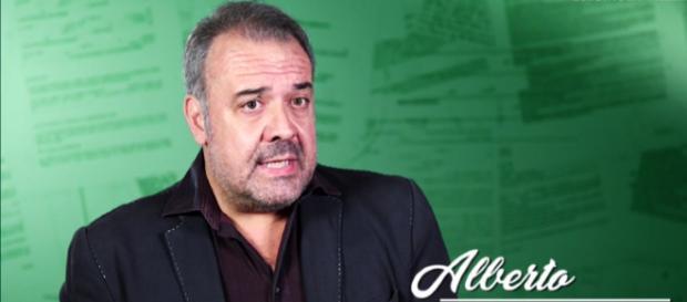 """Nicola Giosuè nella sua interpretazione a """"Cattivi Maestri"""""""