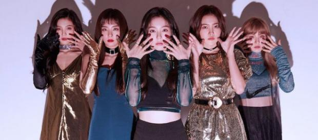 Red Velvet's group promotion for 'Perfect Velvet.' [via pre-release social media promotions for 'Perfect Velvet' by SM Entertainment]