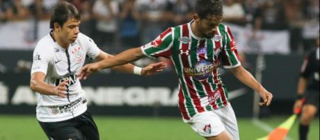 Gustavo Scarpa pode trocar o Fluminense pelo Corinthians em 2018 (Foto: Futnet)