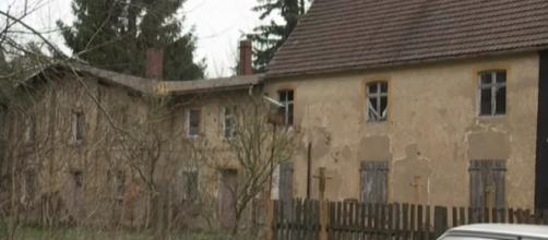 Um pouco do estado das habitações da vila de Alwine