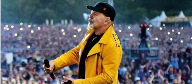 Vasco rossi Archivi - BuzzMusic - buzzmusic.it