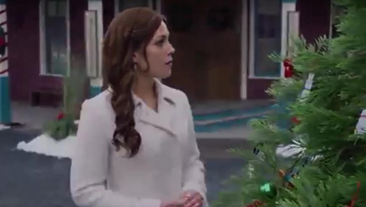 When Calls The Heart The Christmas Wishing Tree.Five 2017 Hallmark Channel Christmas Movies Worthy Of A Rewind