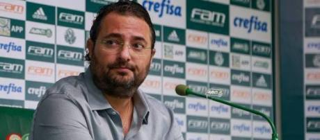 Alexandre Mattos, diretor de futebol do Palmeiras (Foto: Jales Valquer/Estadão Conteúdo)