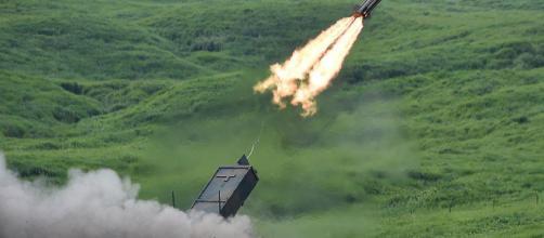 Corea del Nord, le esercitazioni degli Stati Uniti. Così si ... - liberoquotidiano.it