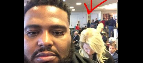 Emmit Eclass Walker aponta mulher racista em aeroporto (Foto: Reprodução/Facebook)