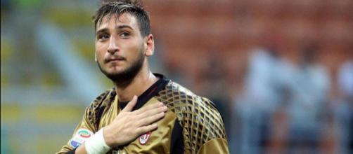 L'agente Mino Raiola passa alle vie legali: vuole annullare il contratto firmato a luglio con i rossoneri