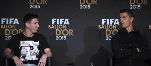 Las diferencias entre Messi y Cristiano a la hora de celebrar el Balón de Oro. - marca.com