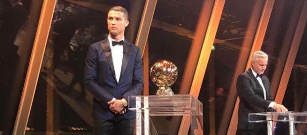 Ballon d'Or: et de cinq pour Cristiano Ronaldo qui rejoint Lionel ... - sen360.fr