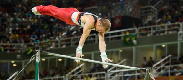 Fabian Hambüchen am Reck auf dem Weg zu Gold in Rio 2016 (n-tv)