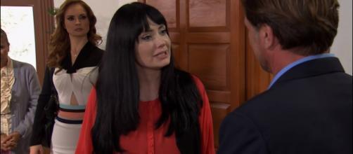 Amélia revela a Luiz que Fernanda é sua filha