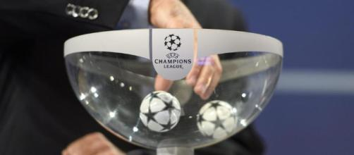 Champions, sarà Napoli-Real Madrid. La Juventus pesca il Porto - leggo.it