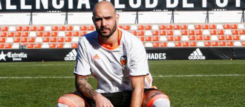 El futbolista regresa a su país.