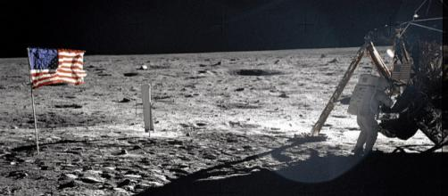 Neil Armstrong On The Moon (Image credit – NASA, Wikimedia Commons)