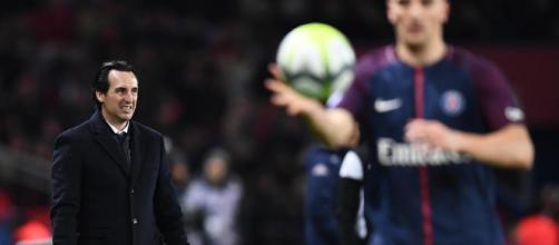 Qui va remplacer l'entraîneur Espagnol ?