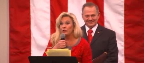 Roy Moore campaign rally, via Twitter