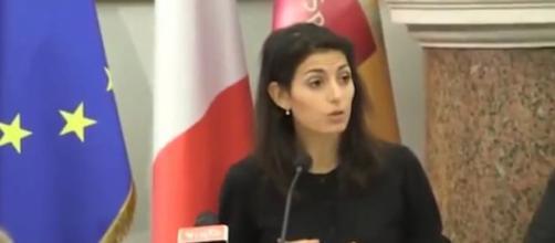 Video: Raggi presenta il bilancio: «Finita l'era di scroccopoli» - diariodelweb.it