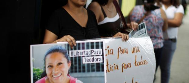 El Salvador: Maria Teresa Rivera jailed and freed | Latin America ... - aljazeera.com