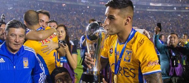 Ismael Sossa campeón con Tigres