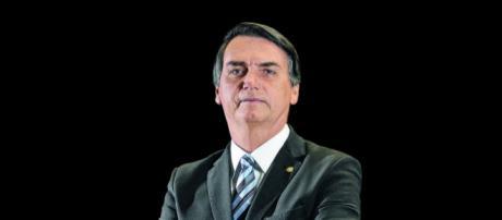 Bolsonaro aparece na segunda posição