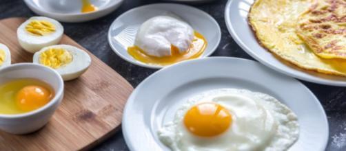 Café da manhã: 4 maneiras de preparar ovos que você não conhecia.