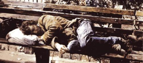 Con un vidrio roto le arrancaron los ojos a un vagabundo – Cadena ... - cadena365.com
