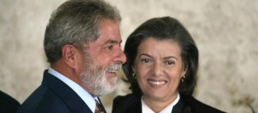 Ex-presidente Lula ao lado da ministra Cármen Lúcia