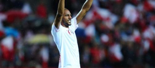 Arsenal are considering £35m bid for Sevilla midfielder Steven N'Zonzi - telegraph.co.uk