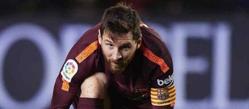 Leo Messi não está satisfeito com a diretiva do time
