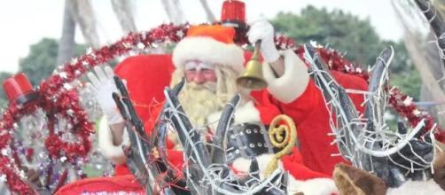 84302cb744e0 Papai Noel voluntário de Itatiba desfilando com seu trenó (Foto: arquivo  pessoal)