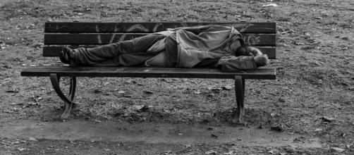 Usa, da 40 anni la povertà estrema continua a crescere - La Stampa - lastampa.it